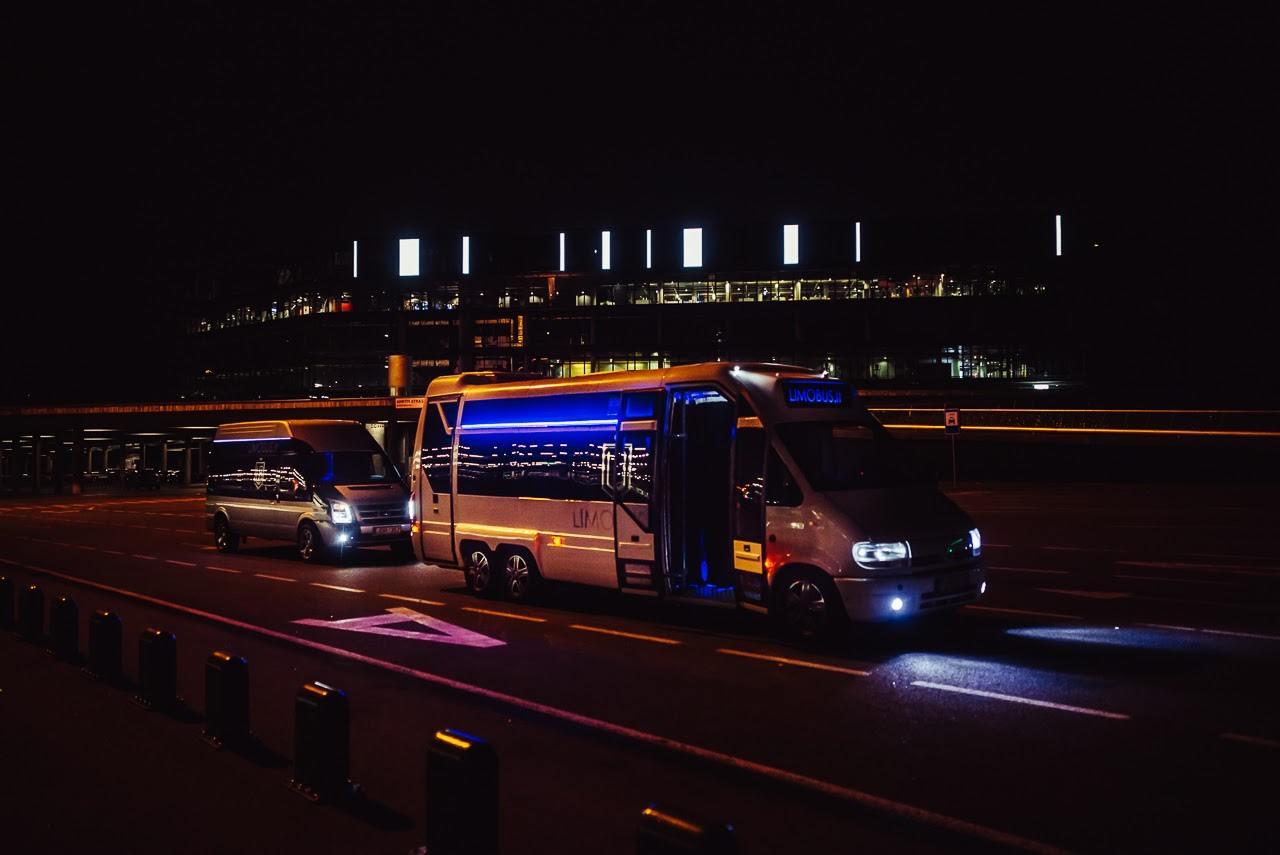 medium limobus